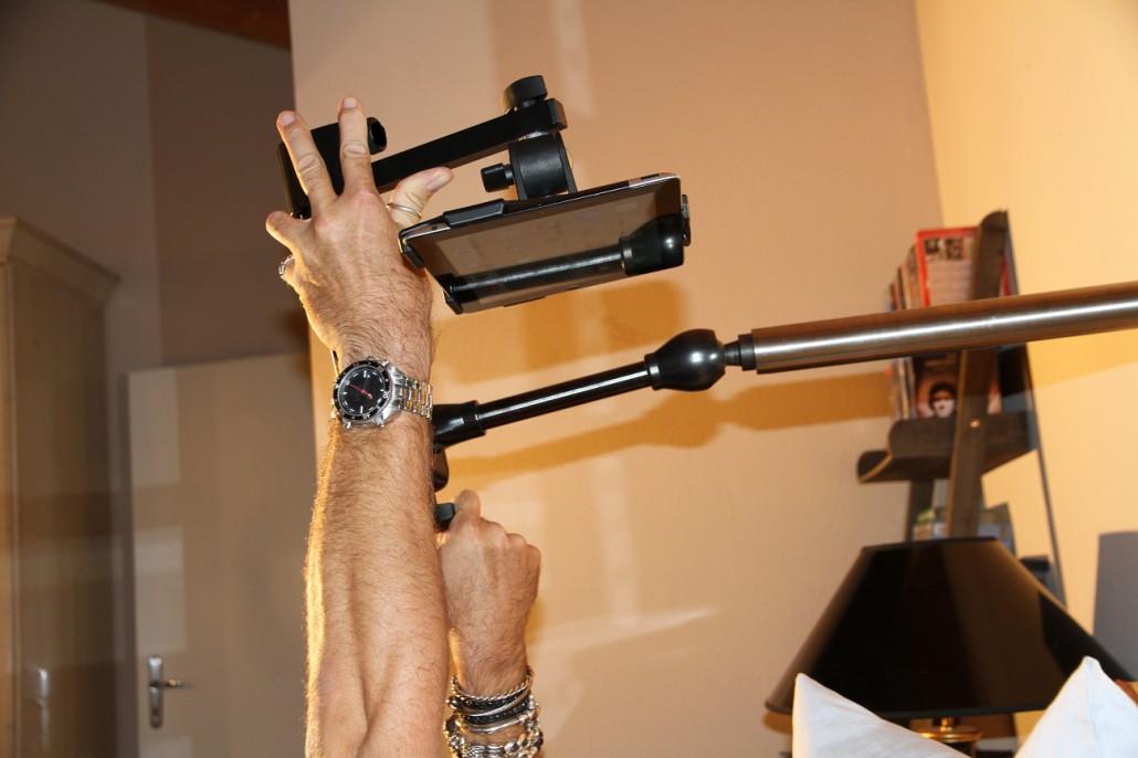 tablet halter zur befestigung an der wand. Black Bedroom Furniture Sets. Home Design Ideas